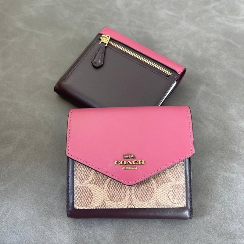 (ผ่อน0%) กระเป๋าสตางค์ งาน Shop ใบสั้น 3 พับ   Coach 76416 Colorblock Signature Canvas Small Wallet ลายซี สีชมพู