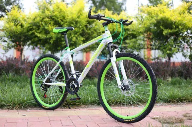 ผู้ใหญ่จักรยานเสือภูเขาจักรยานเสือภูเขาจักรยานมือสองสำหรับผู้ชายและผู้หญิงไม่มี9นิ้วหนึ่งโซ่ใหม่26