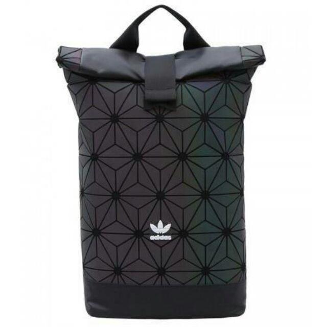 🐩Adidas 3D Roll Top Backpack 🐩FACTORY OUTLET Y2018 กระเป๋าเป้ Unisex ดีไซน์สุดฮิตสไตล์ ISSEY MIYAKE รุ่นหูเดี่ยว