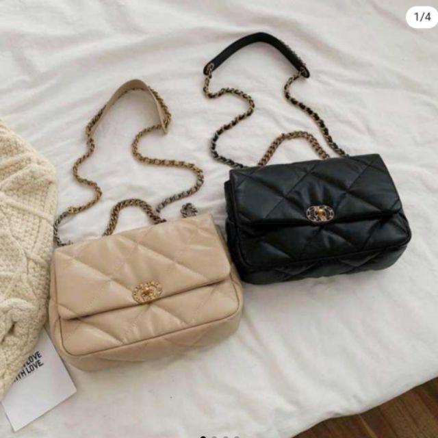 กระเป๋าสะพายสไตล์ chanel 19 สวยหรูคลาสสิค จุของได้มาก เข้ากับการแต่งตัวทุกสไตล์