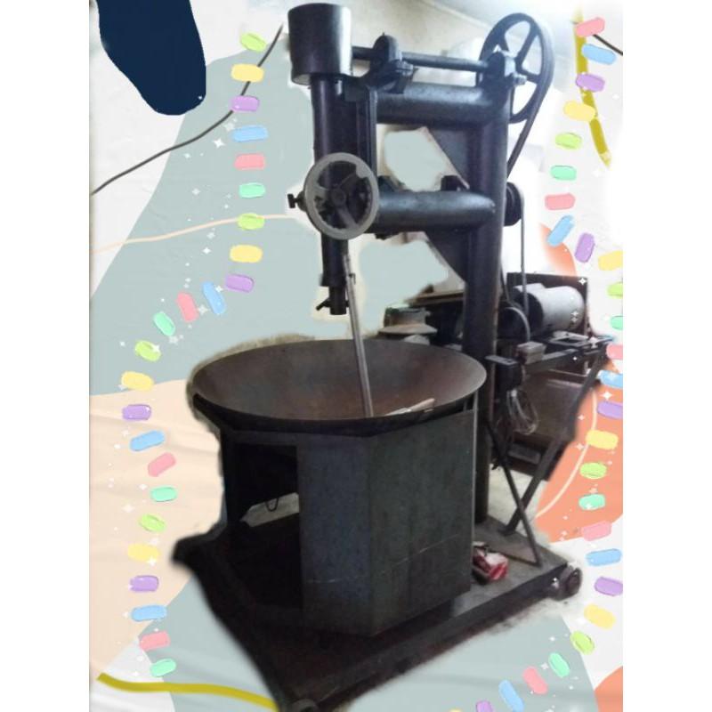 เครื่องโบราณกวนขนม..เช่นกวนถั่ว..กวนแป้งขนมเข่ง.ฯลฯ (antique)