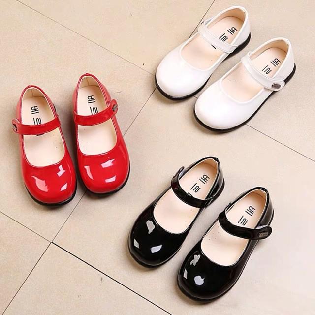 รองเท้าเด็กคัชชูหนังแก้ว สีดำ,แดง,ขาว