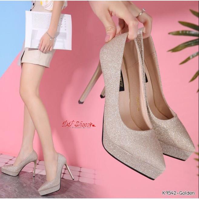 รองเท้าคัชชูส้นเข็มหัวแหลม แบบสวม หนัง PU บุกริตเตอร์ละเอียดเล่นแสงสวย สีทอง