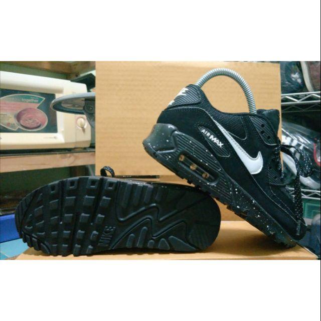 Nike air max 90 premium. Size35/22.5cm. มือ2ของแท้ สภาพใหม่ ไม่มีตำหนิ