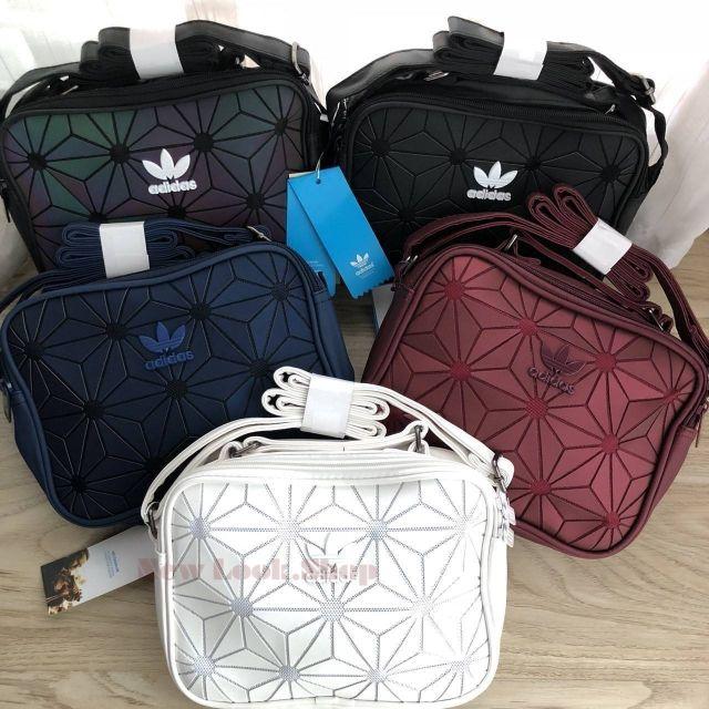039d6fc32f2f Adidas Originals Essential Backpack 2018 กระเป๋าเป้ใบใหญ่ Unisex สไตล์  Sport วัสดุหนังนิ่ม