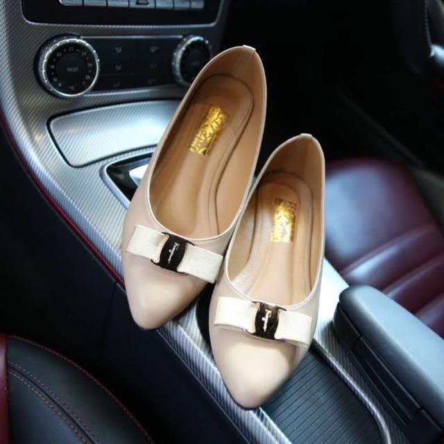 F610 รองเท้าคัชชู (ดำ ครีม)