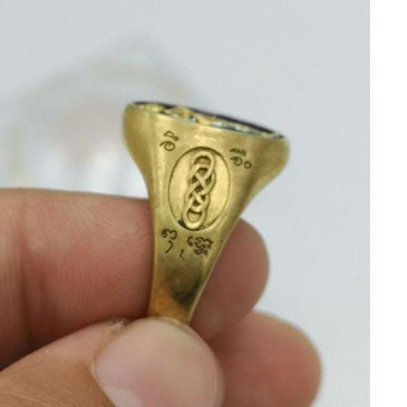 แหวนไอ้ไข่ ปี61 แหวนทองเหลืองลงยา  รุ่นเจริญทรัพย์ รับประกันแท้ จากวัดเจดีย์