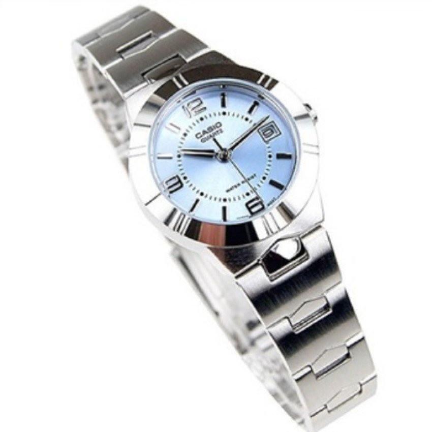 Casio Lady รุ่น LTP-1241D-2A นาฬิกาข้อมือผู้หญิง สายสแตนเลส หน้าปัดสีฟ้าสดใส - มั่นใจ ของแท้ 100% ประกันศูนย์ CMG 1ปี