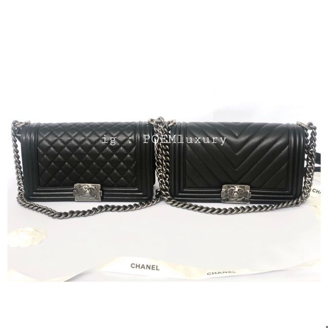 Used Chanel Boy 10 black / Brown caviar / red caviar GHW / RHW Comes box card and dust bag Price : 169,999฿