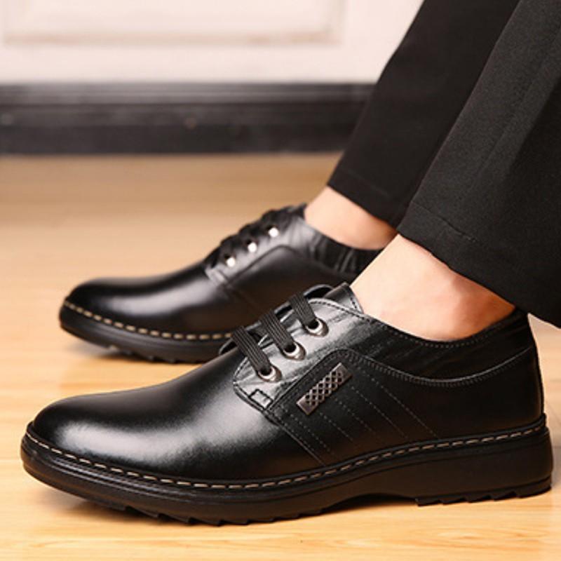 รองเท้าผู้ชายไซส์ใหญ่รองเท้าผู้ชาย►✔Kyayai รองเท้าคัชชูหนังผู้ชายแบบผูกเชือก CM545 สีดำ ไซส์ 39-44