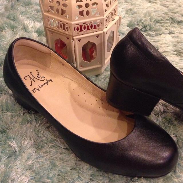 รองเท้ารับปริญญา คัชชูดำ