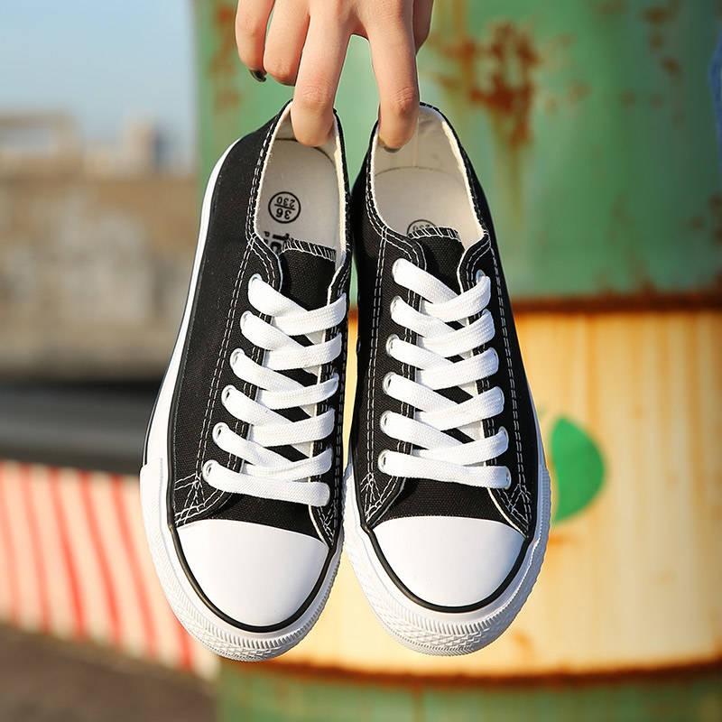 ร้องเท้า รองเท้าคัชชู รองเท้าผู้หญิง ♒2021 ฤดูใบไม้ผลิใหม่ INS รองเท้าผ้าใบนักเรียนหญิงเกาหลีรองเท้าแบนคู่ป่าสีดำรองเท้า