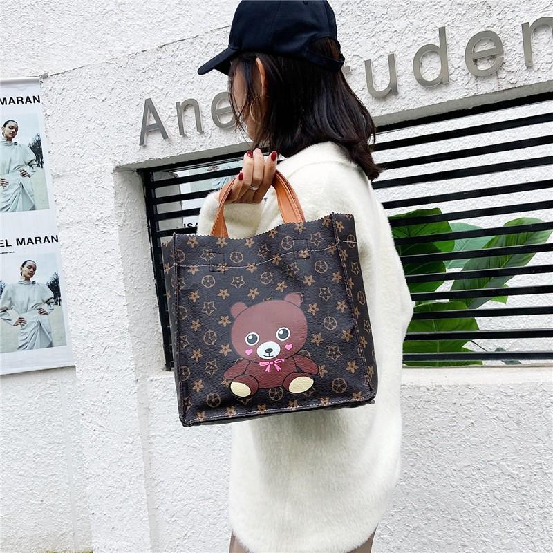 กระเป๋าเดินทางล้อลาก   กระเป๋าถือ   กระเป๋าสะพายข้าง  กระเป๋าสตางค์ผู้ชาย   กระเป๋าคาดเอว   กระเป๋าเป้ผู้หญิง  กระเป๋าสะ