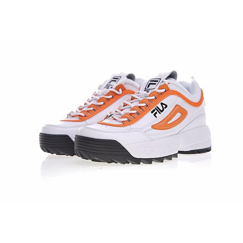 Fila รองเท้าวิ่งแบบหนาสำหรับผู้หญิง