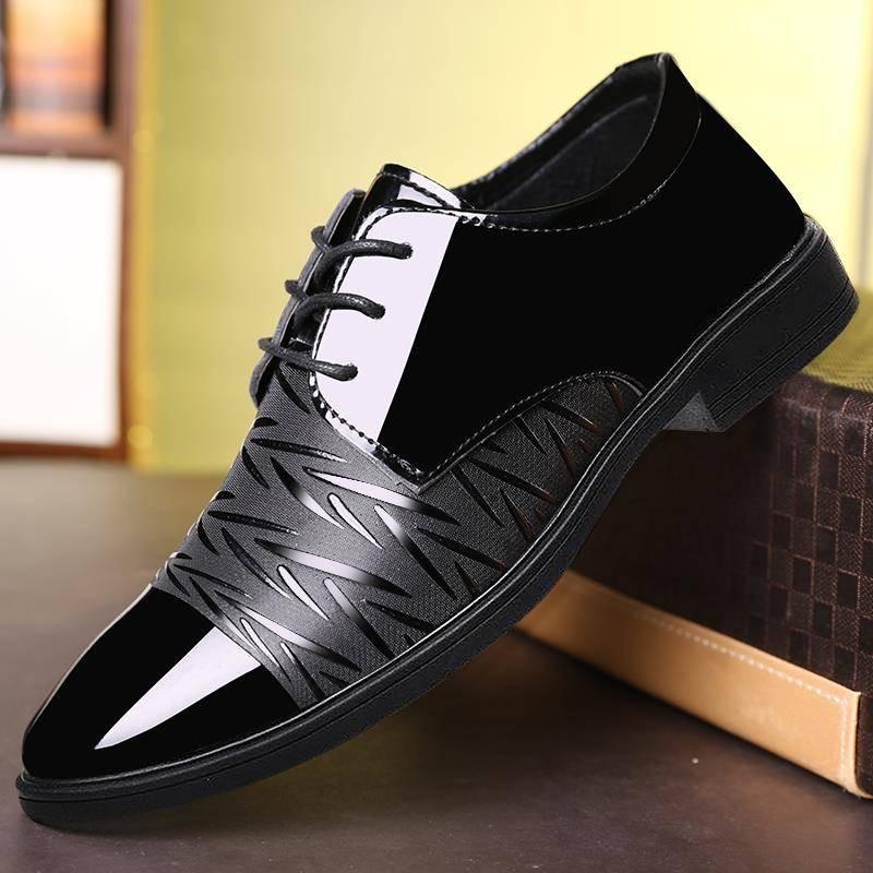 รองเท้าคัชชูผู้ชาย ✍ฤดูหนาวใหม่รองเท้าผู้ชายรองเท้าผู้ชายธุรกิจเยาวชนอังกฤษสีดำระบายอากาศสบาย ๆ รองเท้าชุดรองเท้าผู้ชายน