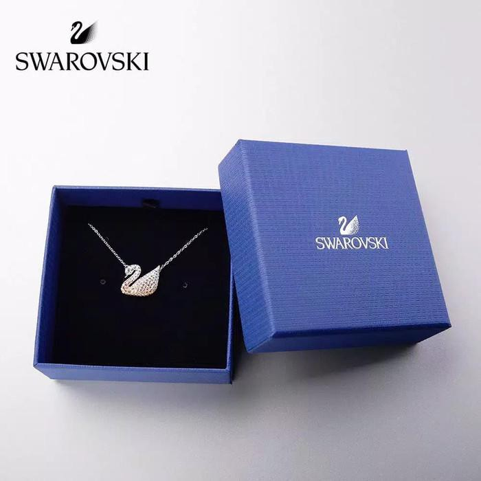 Swarovski สร้อยคอประดับจี้หงส์ Swarovski 100%