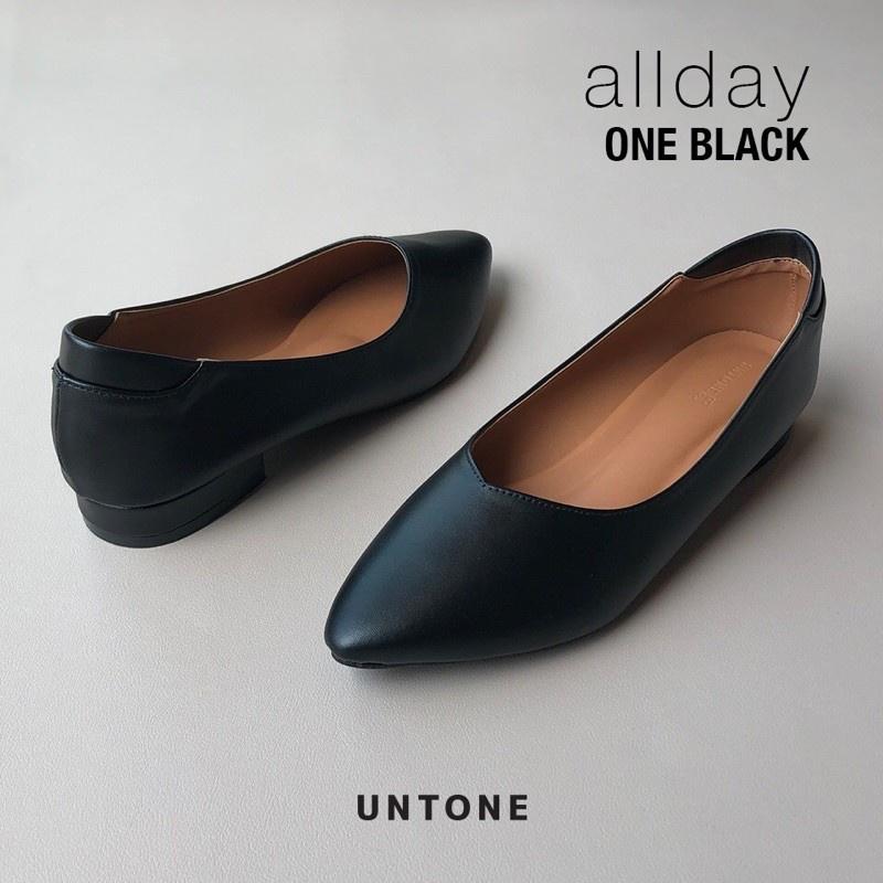 รองเท้าคัชชูผู้หญิง ไซส์ใหญ่ 35-46 ไม่ลื่น เดินไม่ดัง ส้น 1 นิ้ว untone รองเท้าหนัง PU สีดำรุ่น ONE BLACK (NEW)