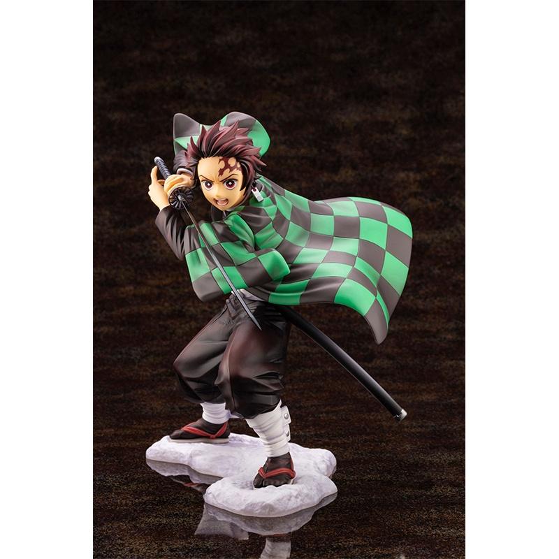 ของเล่นรูปสองมิติ  Demon Slayer Kamado Tanjiro Anime Figure HandMade Decoration Toy Deskto Ornaments vc Model Anime Toys