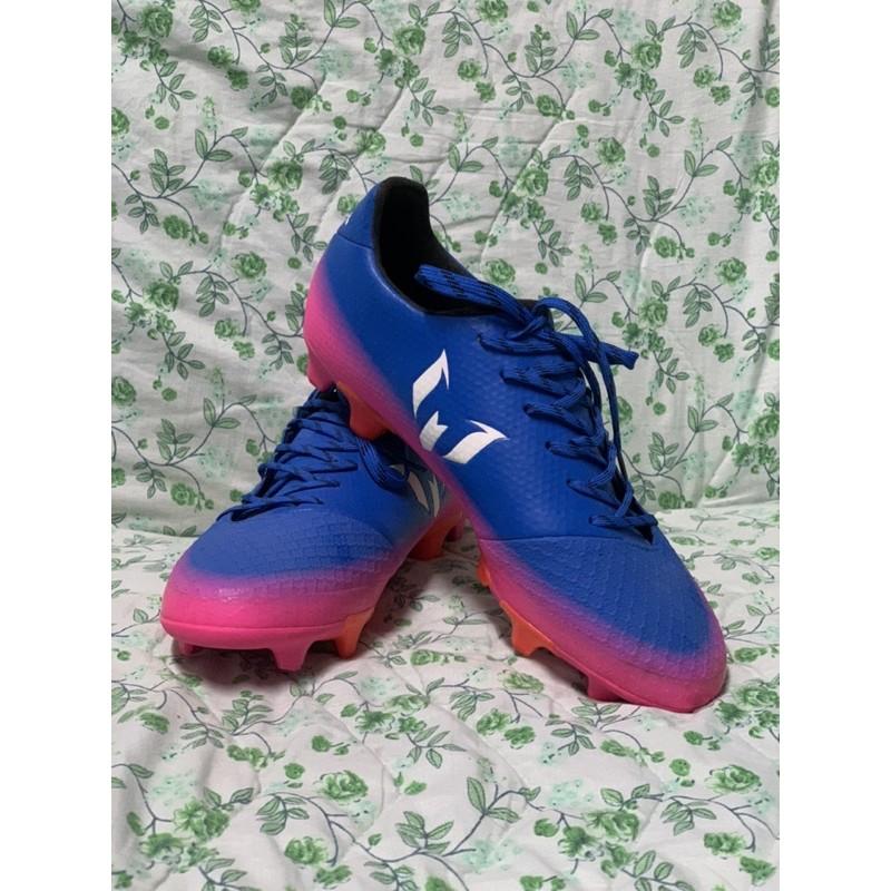 ส่งต่อ รองเท้าเตะฟุตบอล สภาพ100% (มือสอง)