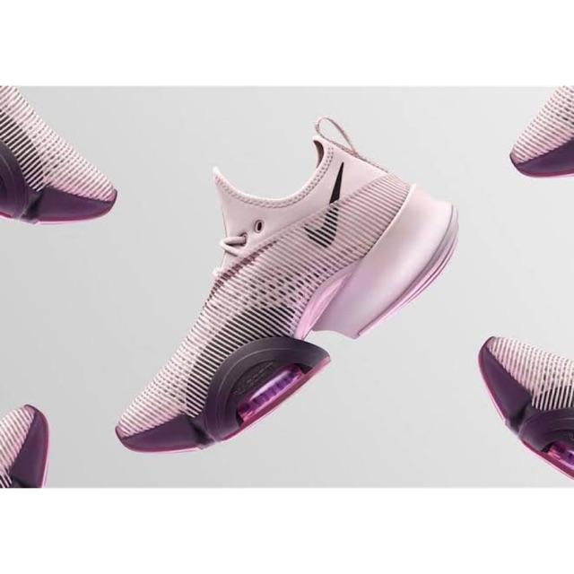 รองเท้า Nike air zoom superrep