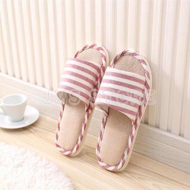 รองเท้าใส่ในบ้าน ลายขีด ใส่ในออฟฟิศ (เพิ่ม1ไซส์จากปกติ) พื้นมีกันลื่น สไตล์ญี่ปุ่น