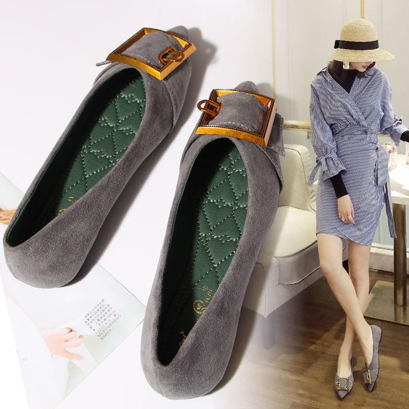 รองเท้าคัชชูหัวแหลมผู้หญิงรองเท้าส้นแบนหัวเข็มขัดหัวแหลมส้นแบนสีดำรองเท้า