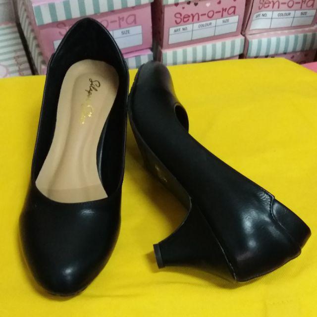 รองเท้าคัชชู สีดำ ส้นสูง 2นิ้ว ใส่ทำงาน ใส่เรียน ใส่วันไหน ๆ ก็สวย
