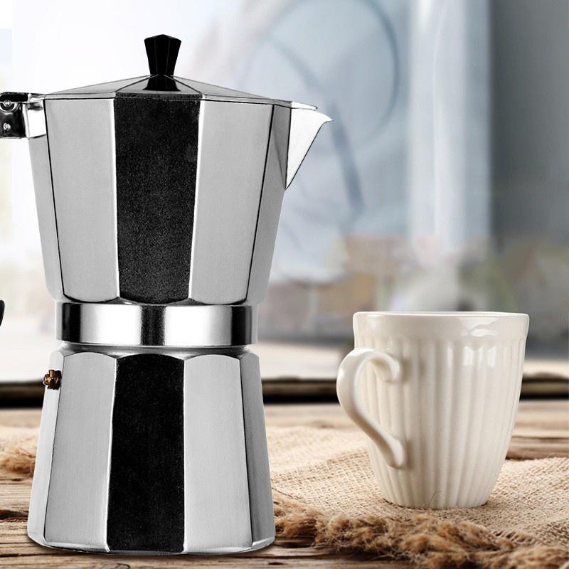 (017) เครื่องชงกาแฟ Moka Potหม้อกาแฟมอคค่าทำจากวัสดุอลูมิเนียมทนต่ออุณหภูมิสูงและตกทำความสะอาดง่าย