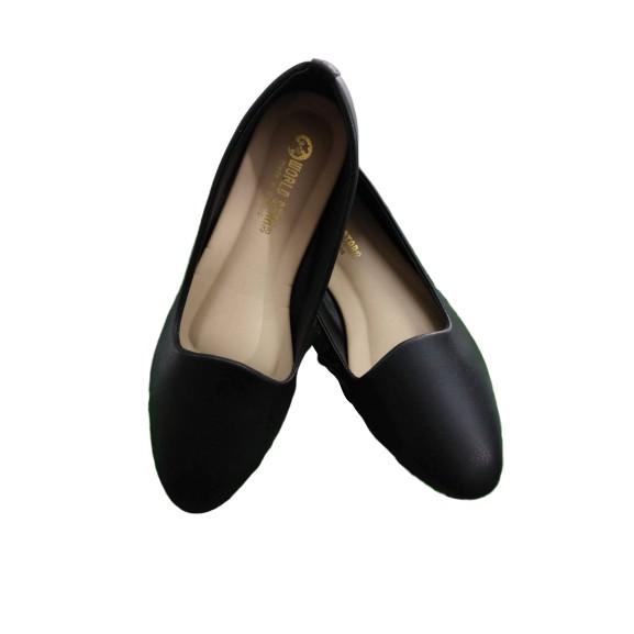 รองเท้าคัชชู รองเท้าหนังแฟชั่นผู้หญิง สีดำ หัวแหลม