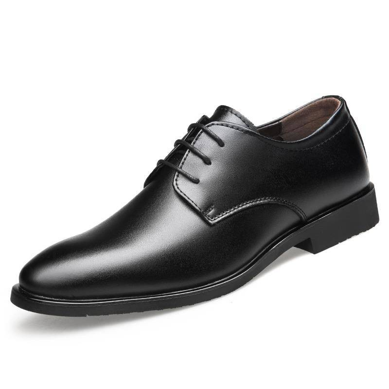 รองเท้าชาย รองเท้าคัชชูผู้ชาย ฤดูใบไม้ร่วงใหม่รองเท้าหนังผู้ชายธุรกิจชุดอังกฤษชี้สีดำเกาหลีสบาย ๆ เยาวชนระบายอากาศผู้ชาย