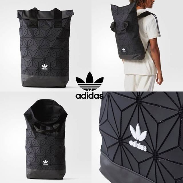 d2abaacbc476 Adidas Originals Essential Backpack 2018 กระเป๋าเป้ใบใหญ่ Unisex สไตล์ Sport