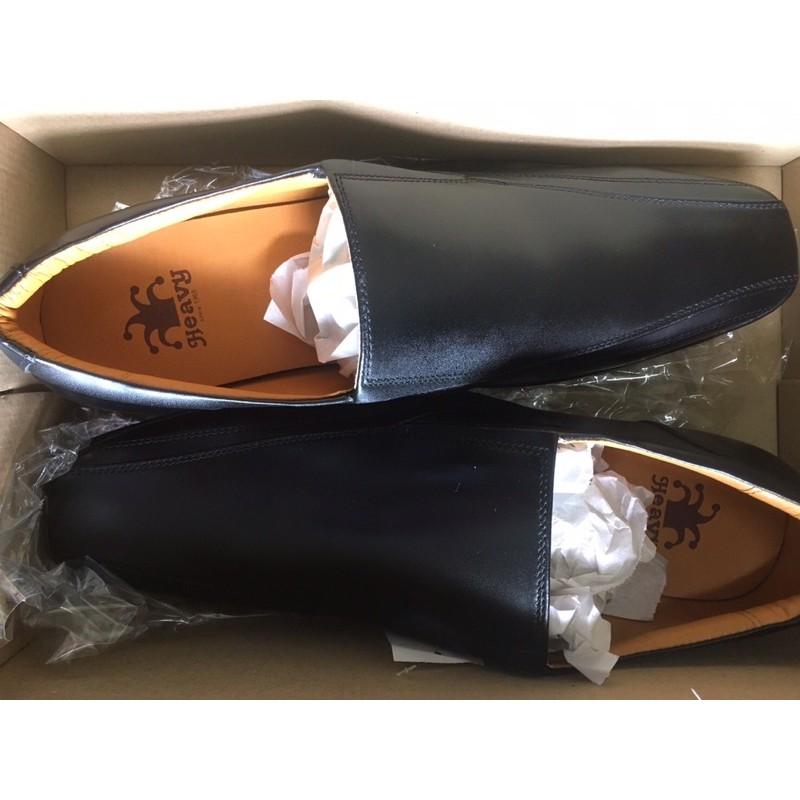 รองเท้าคัชชู Heavy ของใหม่