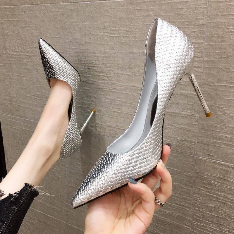 รองเท้าส้นสูง*รองเท้าคัชชู*รองเท้าส้นสูงผู้หญิง*รองเท้าเกาหลี* สีดำบวกกำมะหยี่รองเท้าส้นสูงสตรีส้นกริช 2020 ฤดูใบไม้ร่วง