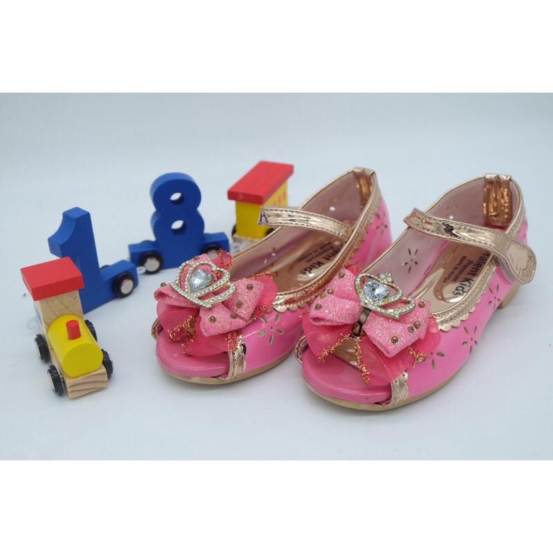 รองเท้าคัชชูเด็กสภาพสวย