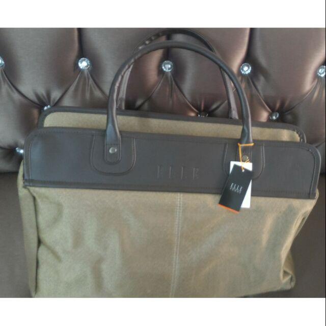 กระเป๋าเดินทางยี่ห้อ Elle งานป้าย