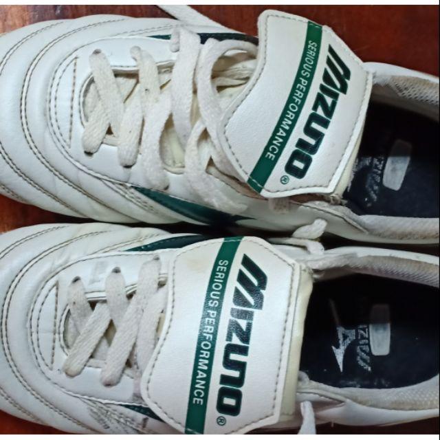 รองเท้าฟุตบอล มือสอง