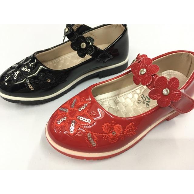 👸รองเท้าคัชชูเด็กผู้หญิง รองเท้าออกงานเด็กผู้หญิง  สีดำ สีแดง ไซส์ 26-30