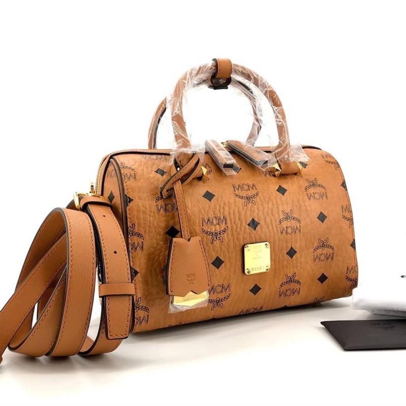 🚩 New MCM Small Essential Boston bag
