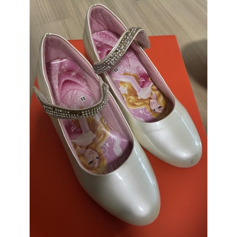 รองเท้าคัชชูเด็กยี่ห้อDisney เจ้าหญิงสีขาวครีมมุก