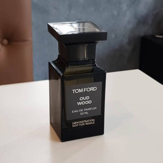 Review TOM FORD Oud Wood EDP 50 ml.