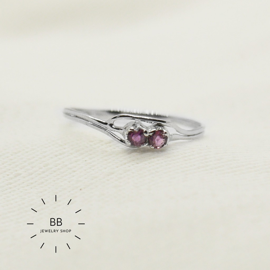 แหวนเงินแท้ 925 ประดับด้วยทับทิม Ruby 2.5 mm 2 เม็ด พร้อมชุบทองคำขาวน่ารัก ราคาถูกๆ