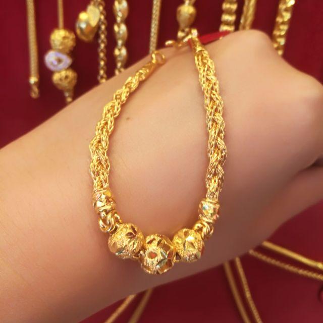 สร้อยมือทองแท้ 96.5% ลายถักเปีย ถักทอความรักให้แน่นแฟ้น น้ำหนักทอง 1 บาท ยาว 16.5cm. ราคา 28,800 บาท