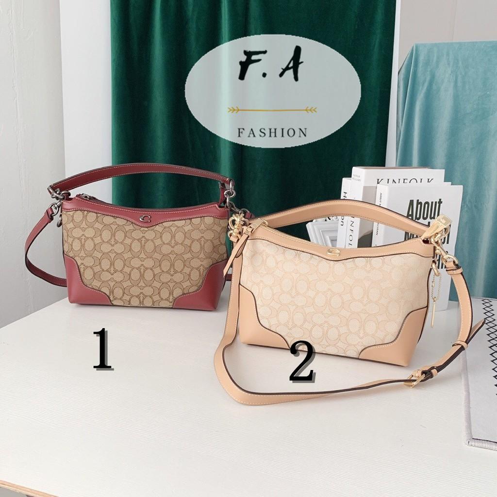F.A (ของแท้ 100%) กระเป๋าผ้าแคนวาส COACH 46285 / กระเป๋าแนวทแยง / ลาย PVC / พกพา / สะพาย