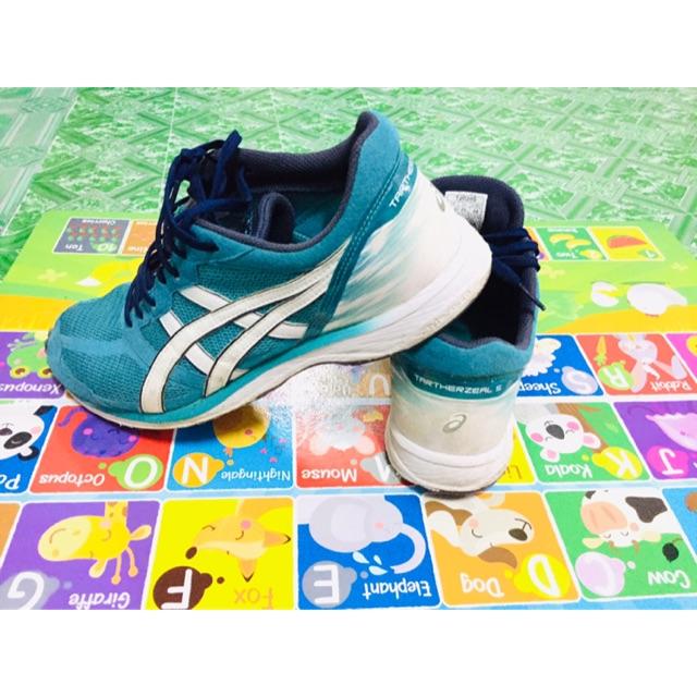 รองเท้า asics tartherzeal 5 สภาพดี ราคาถูก