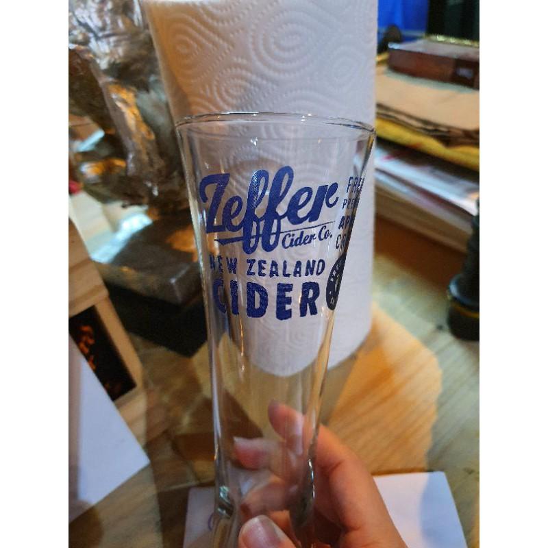 แก้วยี่ห้อ Zeffer Cider
