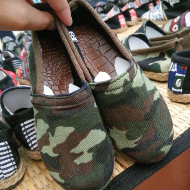 รองเท้าคัชชูเด็ก Handmade .