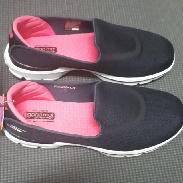 Skechers go walk3แท้ มือ1ผู้หญิง ซื้อมาราคา1900 ขาย 1400