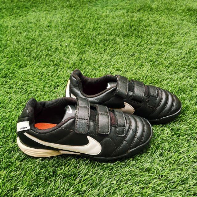 รองเท้าสตั๊ด Nike มือสอง