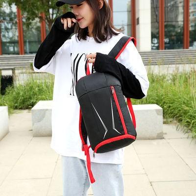 กระเป๋าเป้ใบเล็กสำหรับผู้ชายและผู้หญิงแฟชั่นปี 2020 กระเป๋านักเรียนสำหรับเดินทางสีกันน้ำกระเป๋านักเรียนที่เรียบง่ายและน้