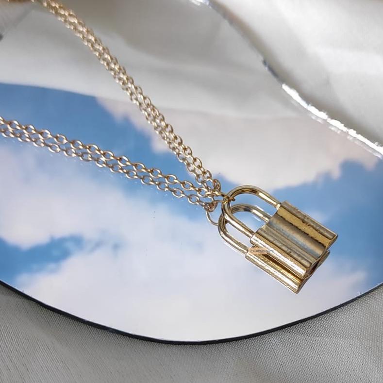 สร้อยคอโซ่สีทอง / สร้อยคอแบบกุญแจ / สร้อยคอ / สร้อยคอราคาถูกสําหรับผู้หญิง